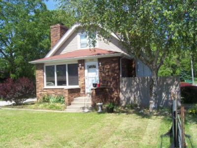 Photo of 18560 W National Ave, New Berlin, WI 53146