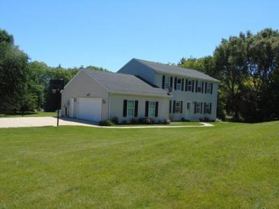 Photo of 2826 Farview Dr, Polk, WI 53076