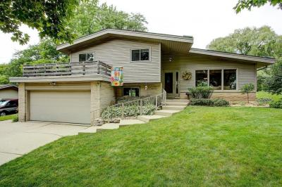 Photo of 5381 Orchard Ln, Greendale, WI 53129
