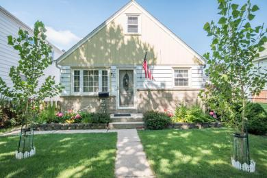 521 S 74th St, Milwaukee, WI 53214