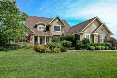 Photo of 2355 Stonehedge Dr, Richfield, WI 53027