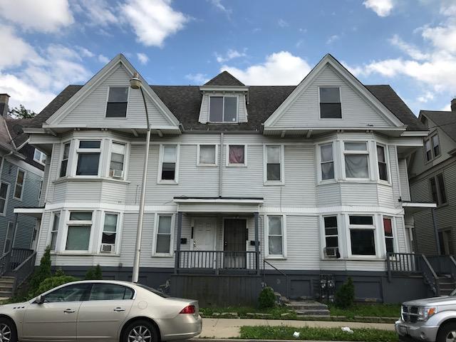 2207 W Mineral St #-13, Milwaukee, WI 53204