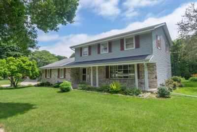 Photo of 5747 Gladstone Ln, Greendale, WI 53129