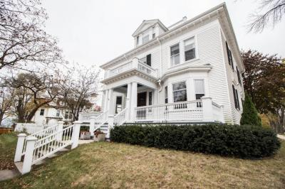 Photo of 2803 E Bradford Ave, Milwaukee, WI 53211