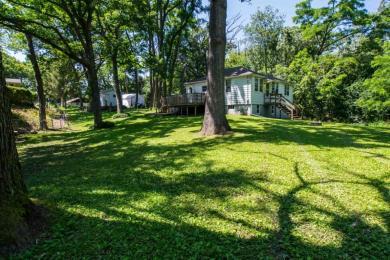 W5166 Memorial Dr, Sugar Creek, WI 53121