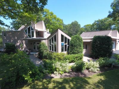 Photo of W336S4340 Deer Park Ct, Genesee, WI 53118