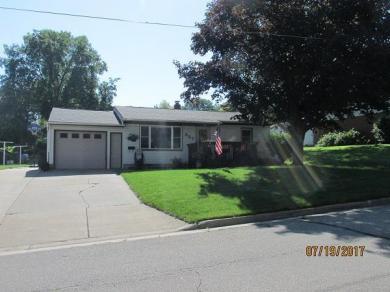 327 Chicago Ave, Viroqua, WI 54665