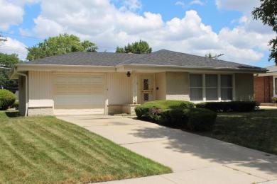 9108 W Grantosa Dr, Milwaukee, WI 53225
