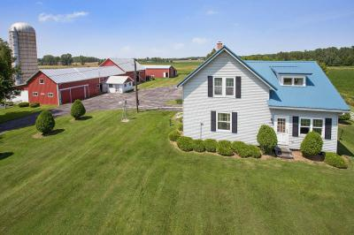 Photo of 14222 Taus Rd, Franklin, WI 54230