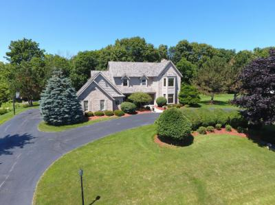 Photo of S57W23178 Marcelle Dr, Waukesha, WI 53189