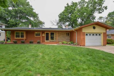 Photo of 7246 Elberton Ave, Greendale, WI 53129