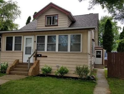 Photo of 1430 Menomonee Ave, South Milwaukee, WI 53172