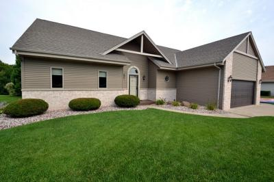 Photo of 4415 S 117th St, Greenfield, WI 53228