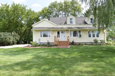 W190S9808 Parker Dr, Muskego, WI 53150