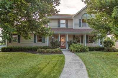Photo of 10667 N Aspen Ln, Germantown, WI 53022