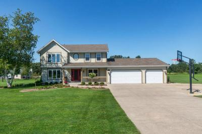 Photo of W319S3403 Squire Rd, Genesee, WI 53189