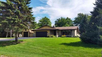 Photo of 3381 Maple Dr, Richfield, WI 53033
