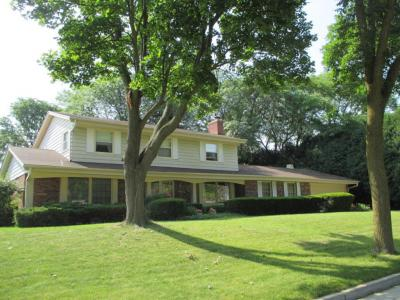 Photo of 12255 W Holt Ave, West Allis, WI 53227