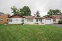 4536 N 103rd St, Wauwatosa, WI 53225