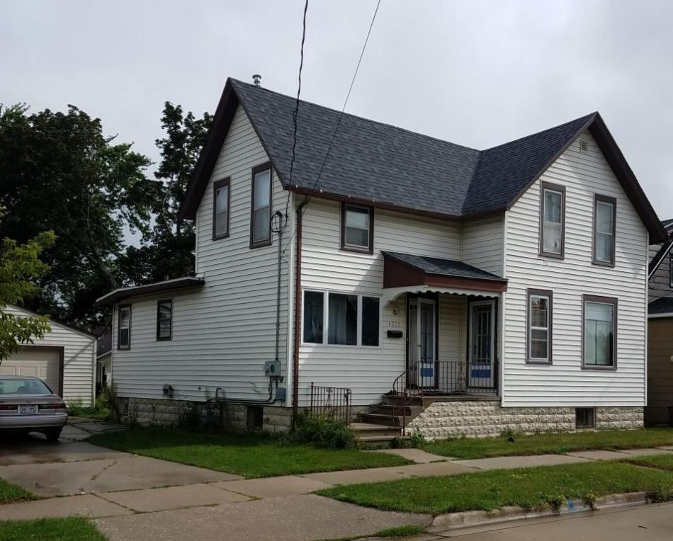 1012 21st St, Two Rivers, WI 54241