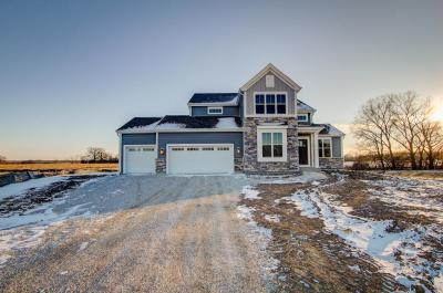 Photo of S87W17851 Edgewater Ct, Muskego, WI 53150