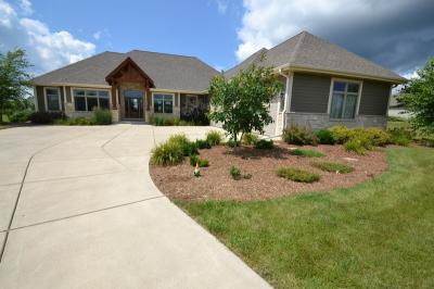 Photo of W330S8425 Isabelle Dr, Mukwonago, WI 53149