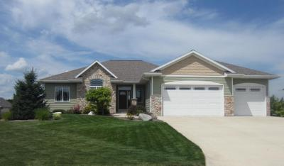 Photo of 736 Warbler Rd, Howards Grove, WI 53083