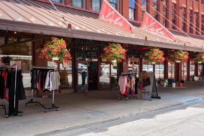 Photo of 321 N Broadway, Milwaukee, WI 53202