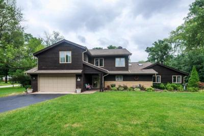 Photo of 550 Terrace Dr, Elm Grove, WI 53122