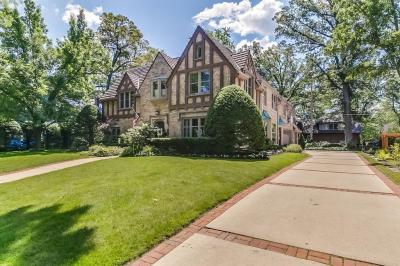 Photo of 857 E Lake Forest Ave, Whitefish Bay, WI 53217