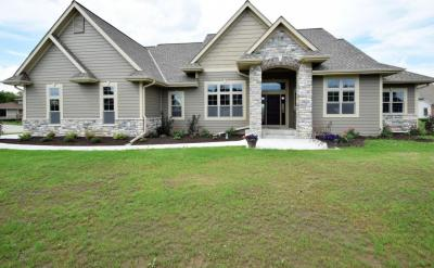 Photo of W192S8851 Settlement Ct, Muskego, WI 53150