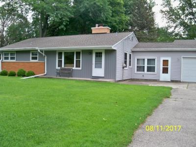 Photo of 18785 Midland Pl, Brookfield, WI 53045