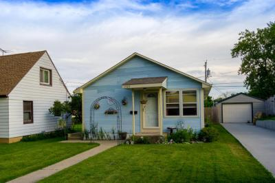 Photo of 1727 Michigan Ave, South Milwaukee, WI 53172