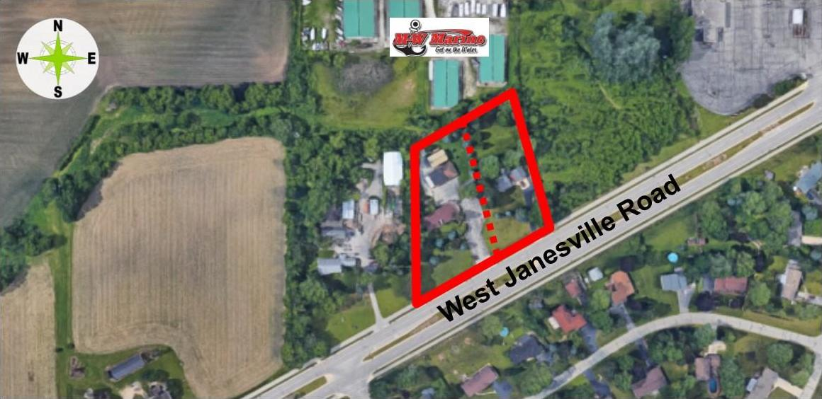 S64W13838 Janesville Rd, Muskego, WI 53150