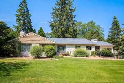 Photo of 210 E Bradley Rd, Fox Point, WI 53217