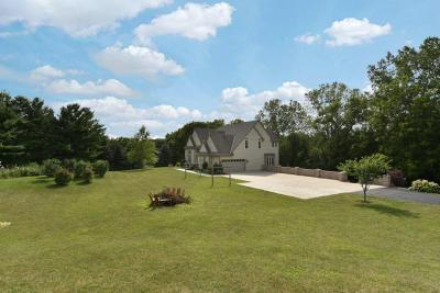 Photo of 21951 W Lawnsdale Rd, New Berlin, WI 53146