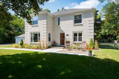 Photo of 9191 N Fielding Rd, Bayside, WI 53217