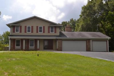 Photo of S29W29993 S Bethesda Cir, Genesee, WI 53188
