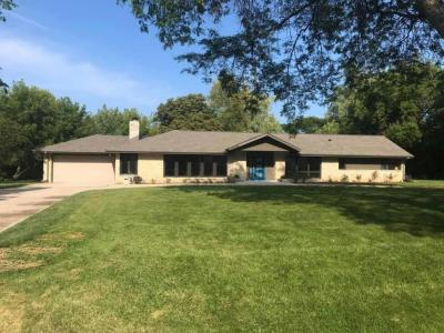 Photo of 7816 N Regent Rd, Fox Point, WI 53217