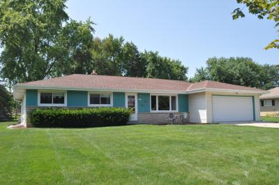 Photo of 2577 S Seymour Pl, West Allis, WI 53227