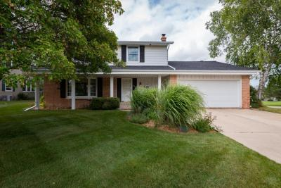 Photo of 5090 Saxony Ln, Greendale, WI 53129