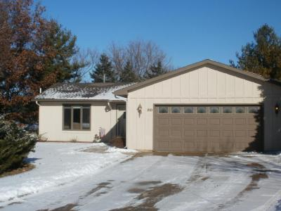 Photo of 910 Manchester Ct, Hartland, WI 53029