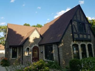 Photo of 4750 N Newhall St, Whitefish Bay, WI 53211