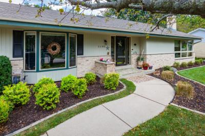 Photo of 3190 S 114th St, West Allis, WI 53227