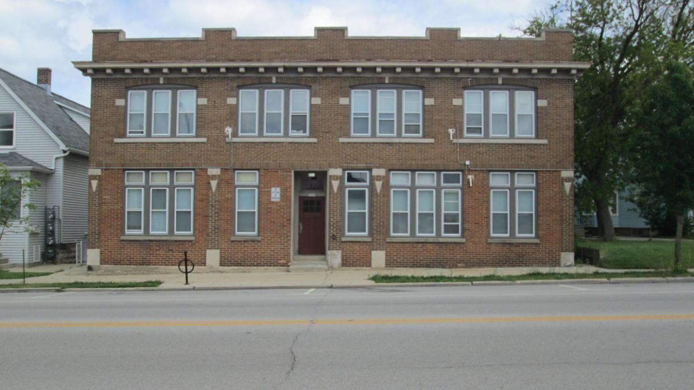 5066 S Packard Ave, Cudahy, WI 53110