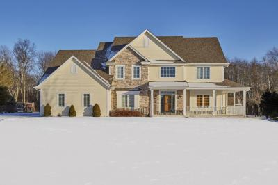 Photo of 2292 Forest Run, Summit, WI 53066