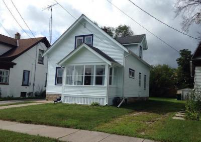Photo of 468 W Kilbourn Ave, West Bend, WI 53095