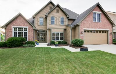 Photo of 1074 Canary Ct, Grafton, WI 53024