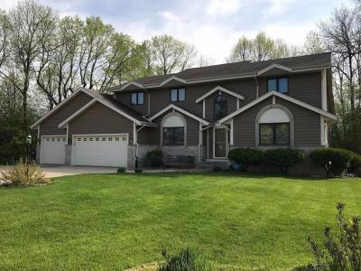 Photo of 4120 S Abbott Ln, New Berlin, WI 53151