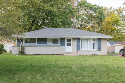Photo of 4852 W Terry Ave, Brown Deer, WI 53223